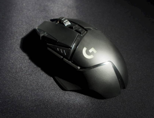 Logitech G502 Lightspeed review: A pricey gaming mouse, but a good one