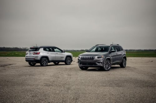 2019 Jeep Cherokee vs. 2019 Jeep Compass: Which Jeep Is the Better Compact SUV?