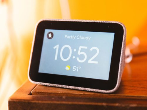 Lenovo Smart Clock goes on sale — and it's super cute