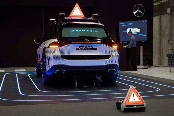 Mercedes-Benz debuts ESF 2019 safety concept