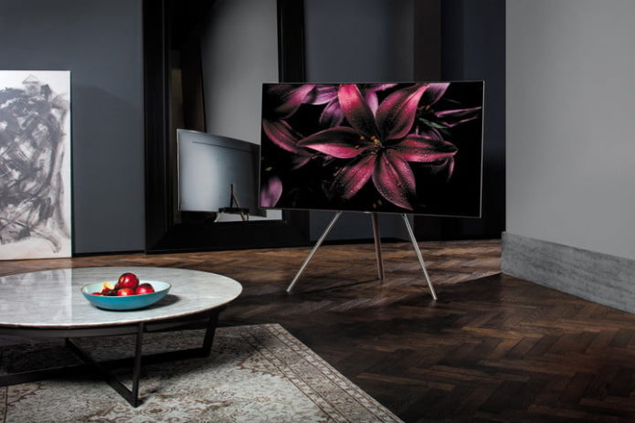 samsung-qled-floor-stand-720x720
