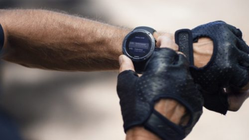 Suunto 5 packs big sports tracking features into a small body