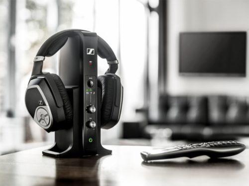Best Wireless Headphones for TV of 2019 : Headphones + TV