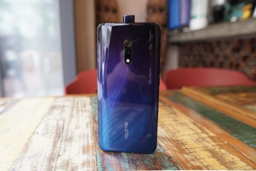 Realme X Review: For Those Who Complained About OnePlus 7 Pro's Price (Video)