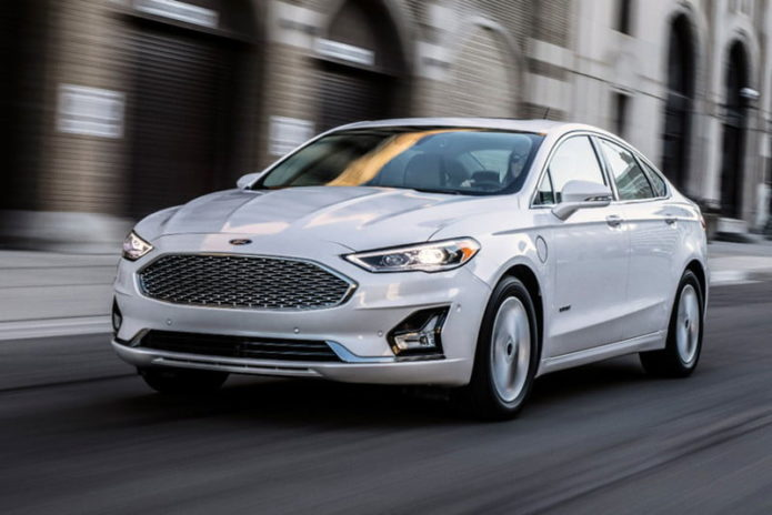 19fordfusion_09_hr-800x534-c