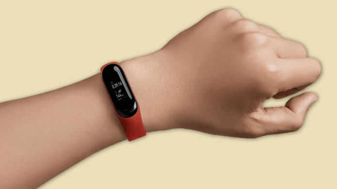 Xiaomi Mi Band 4 Smart Bracelet hand on Review: Is it worth to buy?