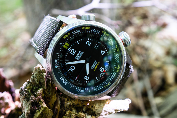 This Mechanical Watch Features an Analog Altimeter