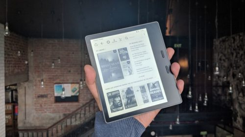 Amazon Kindle Voyage vs Kindle Oasis: which top-end ereader is for you?