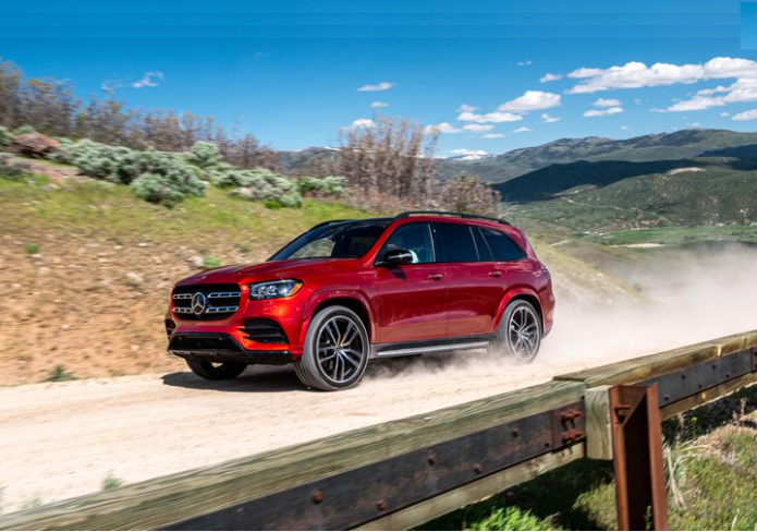The 2020 Mercedes-Benz GLS Is a High-Tech Palace of a Three-Row SUV