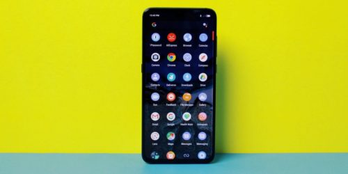 The compact Xiaomi Mi 9 SE could fill your Huawei-shaped hole