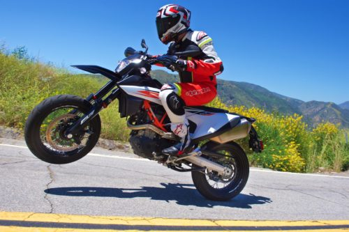 2019 KTM 690 SMC R Review: Supermoto Returns (17 Fast Facts)