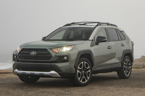 2019 Toyota RAV4: 5 Reasons to Buy