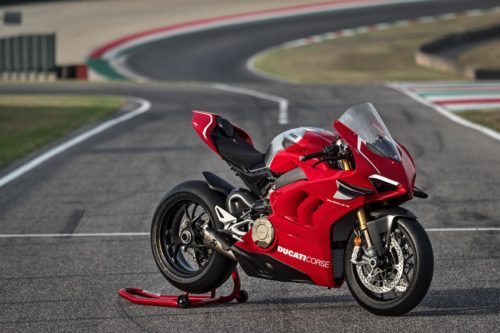 Riding The Ducati Panigale V4R – A Mini Review
