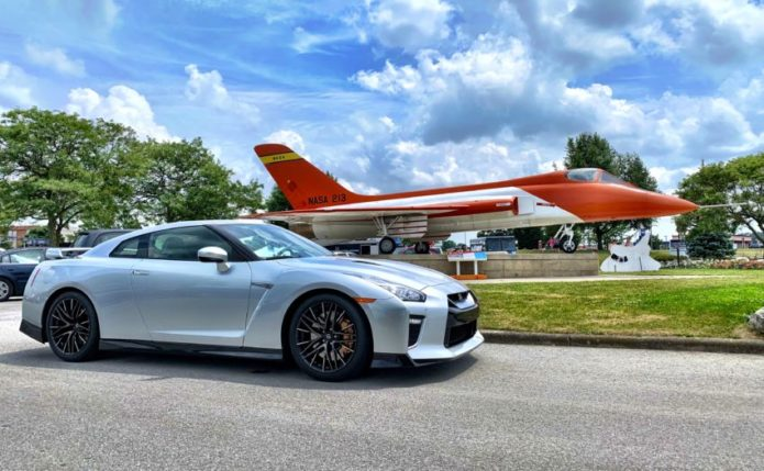 2020 Nissan GT-R 50th Anniversary & Apollo 11 Share the Day