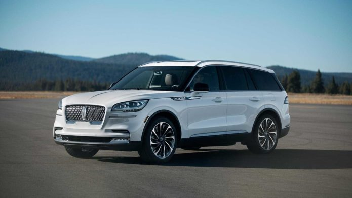 2020-lincoln-aviator-lo-dien-17