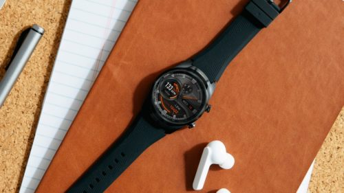 TicWatch Pro comes with LTE to help you take calls away from your phone