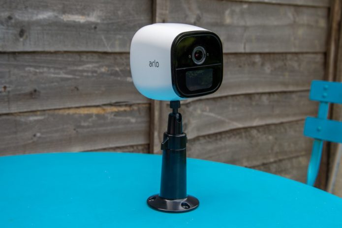 Arlo Go Review : A powerful camera that runs over 4G