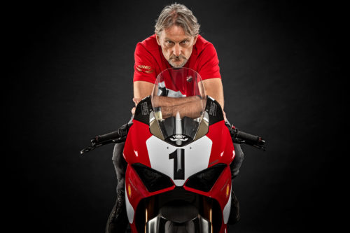 Ducati Panigale V4 25° Anniversario 916 First Look