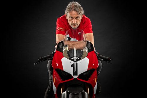 Ducati Panigale V4 25° Anniversario 916 First Look