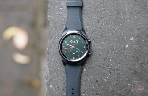 Mobvoi's new TicWatch Pro 4G/LTE smartwatch lasts 2 to 30 days with a catch