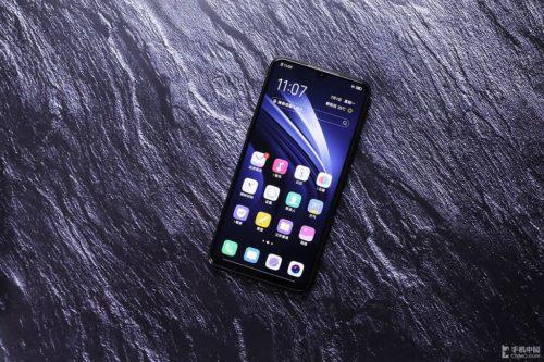VIVO iQOO Neo vs Xiaomi Mi 9T vs Xiaomi Pocophone F1 specs comparison