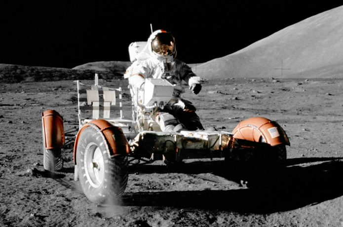 Lunar Rover vs modern electric cars: how do they compare?
