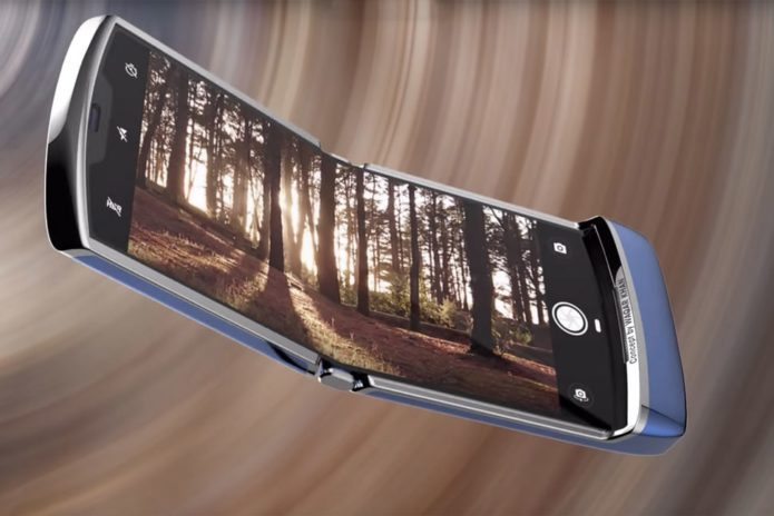 149037-phones-news-the-new-moto-razr-coming-to-europe-too-decemberjanuary-launch-touted-image1-4om9qdrdfx