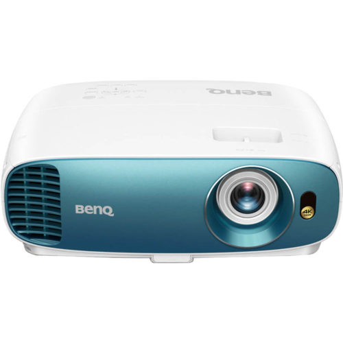 BenQ TK800M Review – Compact 4K HDR Projector for Vivid Entertainment and Gaming