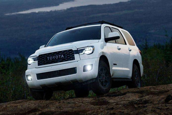 2020-Toyota-Sequoia-(1)