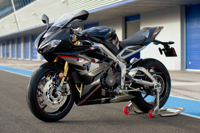 2020 TRIUMPH DAYTONA MOTO2 765 LIMITED EDITION SECOND LOOK (11 Fast Facts)