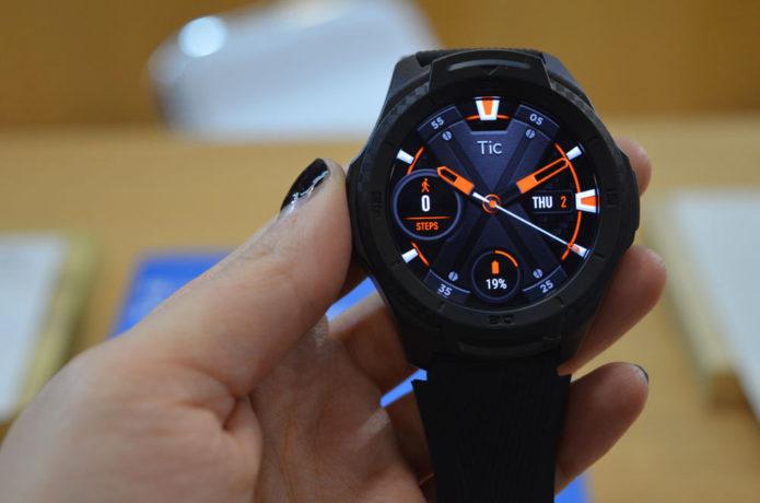 626663-mobvoi-ticwatch-s2