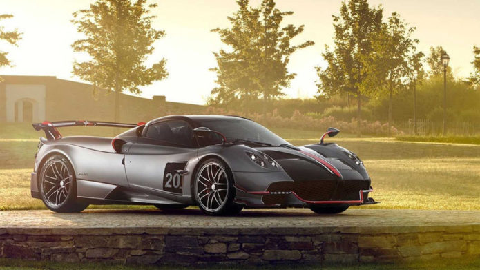 Pagani Huayra Roadster BC breaks cover and looks glorious