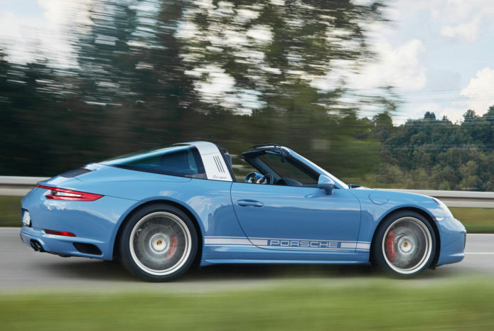A Definitive Ranking of Blue Porsche 911s