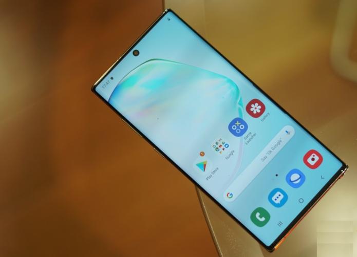 Galaxy Note 10+ Scores over 400K in AnTuTu
