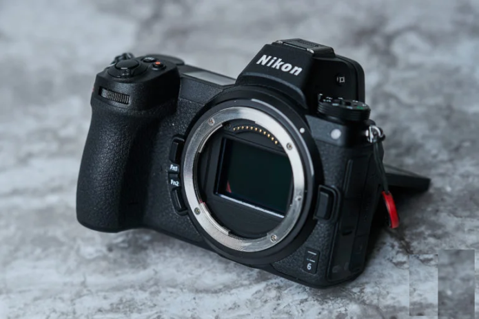 Can the EISA Awards Predict the Future of the Camera Market?