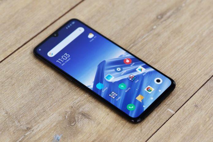 Xiaomi-Mi-9-front-angled-top-left-920x613
