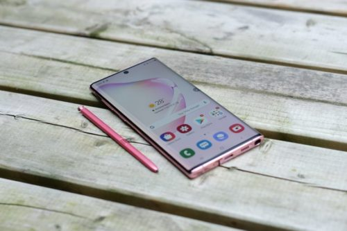 The Galaxy Note 10 ditched the headphone jack, but the vivo NEX 3 won't