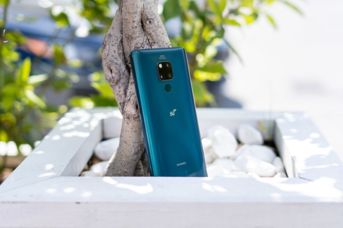 Huawei Mate 20 x 5G Review: Smartphone with 7.2″ OLED screen
