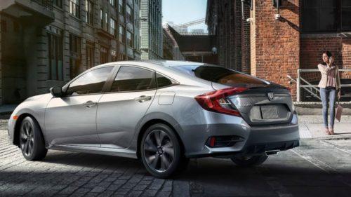 2020 Honda Civic hatchback keeps the manual-transmission faith