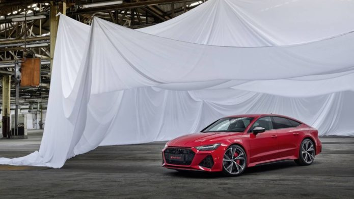 2020 Audi RS7 Sportback puts 600hp V8 in seductive four-door coupe