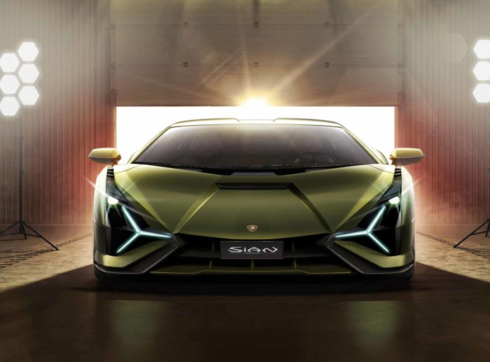 Lamborghini Sián Kicks Off Lambo's Hybrid Era with 807 HP and a 218-MPH Top Speed