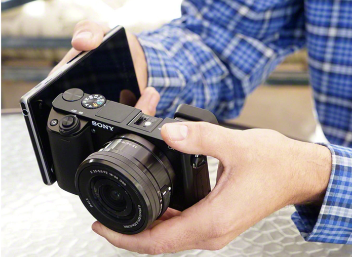 Sony a6000 vs Canon EOS M50 – The 10 Main Differences