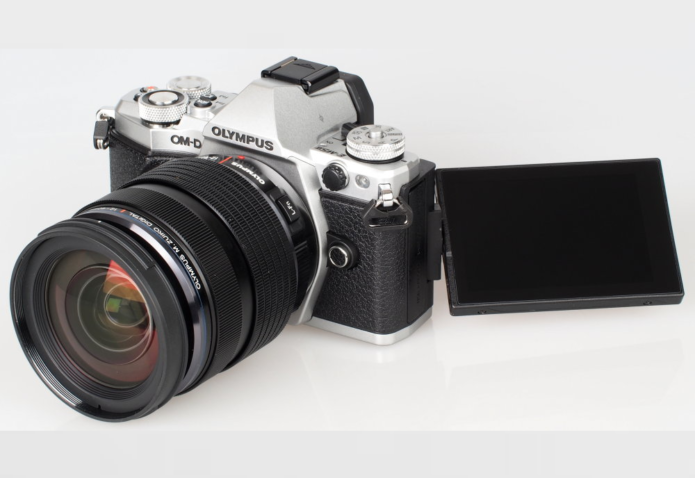 Top 13 Best Second Hand Used Cameras To Buy