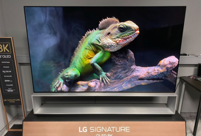 Hands on: LG OLED88Z9PLA review