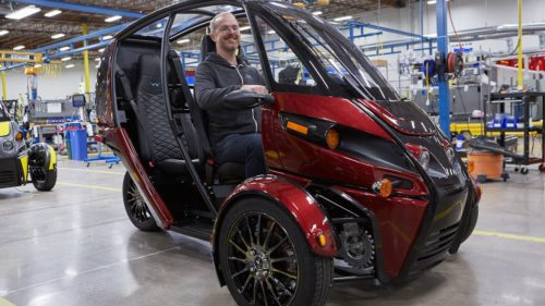 Arcimoto EV fun utility vehicle production begins