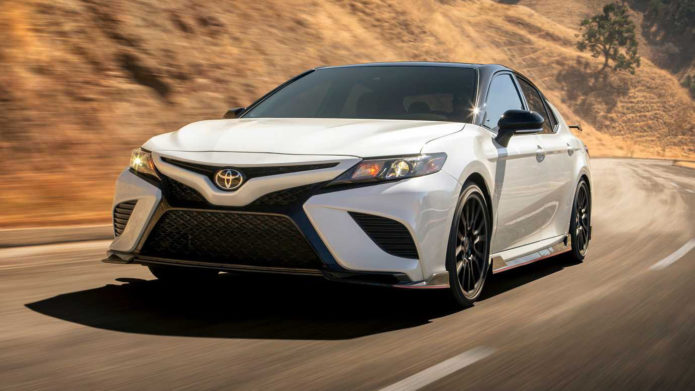 welovecar-toyota-camry-trd-03