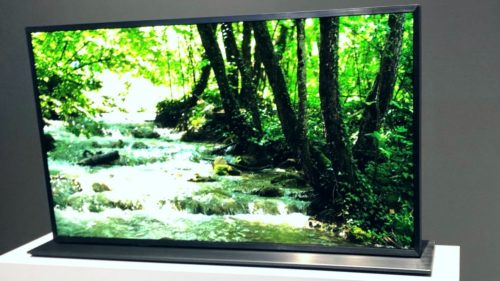 First look: Panasonic MegaCon 4K Dual Panel LCD TV