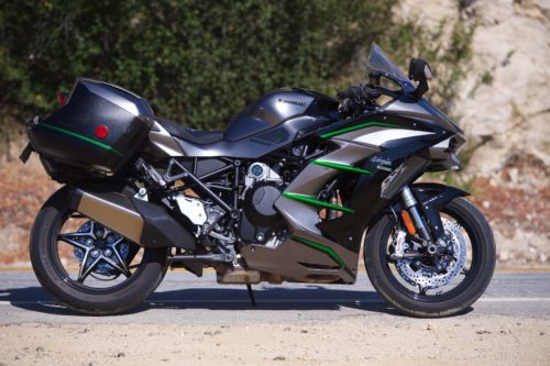 2019 KAWASAKI NINJA H2 SX SE+ REVIEW: SUPERCHARGED TRAVEL