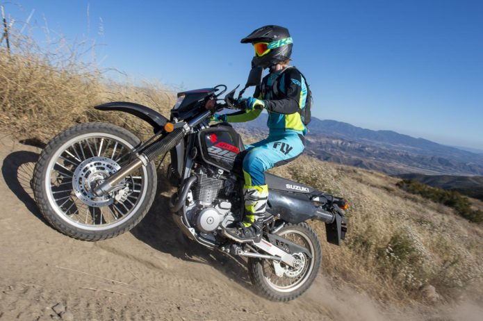 2019 SUZUKI DR650S REVIEW: LOWERED DUAL SPORT MOTORCYCLE
