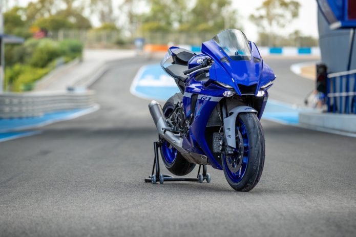 2020 YAMAHA R1 AND R1M TEST: SUBTLE TWEAKS, VAST IMPROVEMENT
